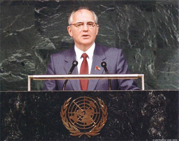 Mikhail Gorbachev addressing the forty-third session of the General Assembly of the United Nations, 7 December 1988.